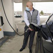 Cene benzina u Velikoj Britaniji na istorijskom maksimumu