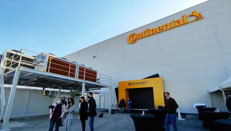 (FOTO) Otvorena fabrika kompanije Continental Automotiv Srbija u Novom Sadu
