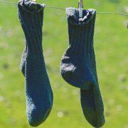 Korona smanjila proizvodnju veša, čarapa…