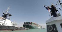 Desetina dnevne potrošnje nafte još čeka da prođe kroz Suec