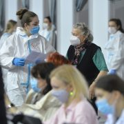 Manje od 4.000 zaraženih, revakcinu primilo 20 odsto naših građana
