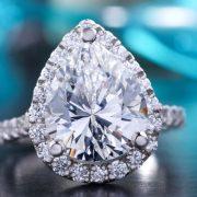 Samo reciklirani metali i veštački dijamanti u nakitu poznatog svetskog brenda