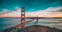 Kalifornija ima 75,7 milijardi dolara suficita u budžetu