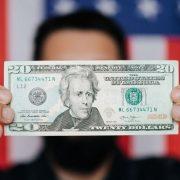 Američki deficit beleži drugi najveći manjak od 1945. godine