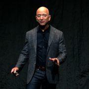 I Džef Bezos ide u svemir, testiraće sopstvenu raketu