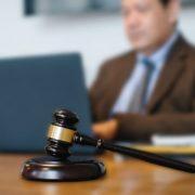 Zbog banaka se ne može menjati sistemski zakon o parnicama
