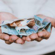 Nezaposleni danas dobijaju 60 evra od države