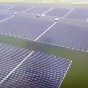 """Plutajuće """"solarne farme"""" veličine 45 fudbalskih terena"""
