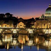 Vatikan prošle godine imao deficit 66 miliona evra, poseduje 1.120 nekretnina van Italije