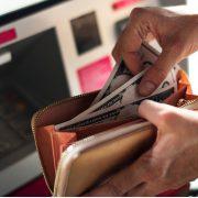 Otvaranje računa u inostranstvu kažnjivo ako se ne ispoštuju tačno propisani uslovi